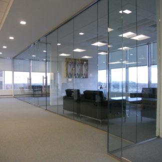 Цельно-стеклянные перегородки: ALT115